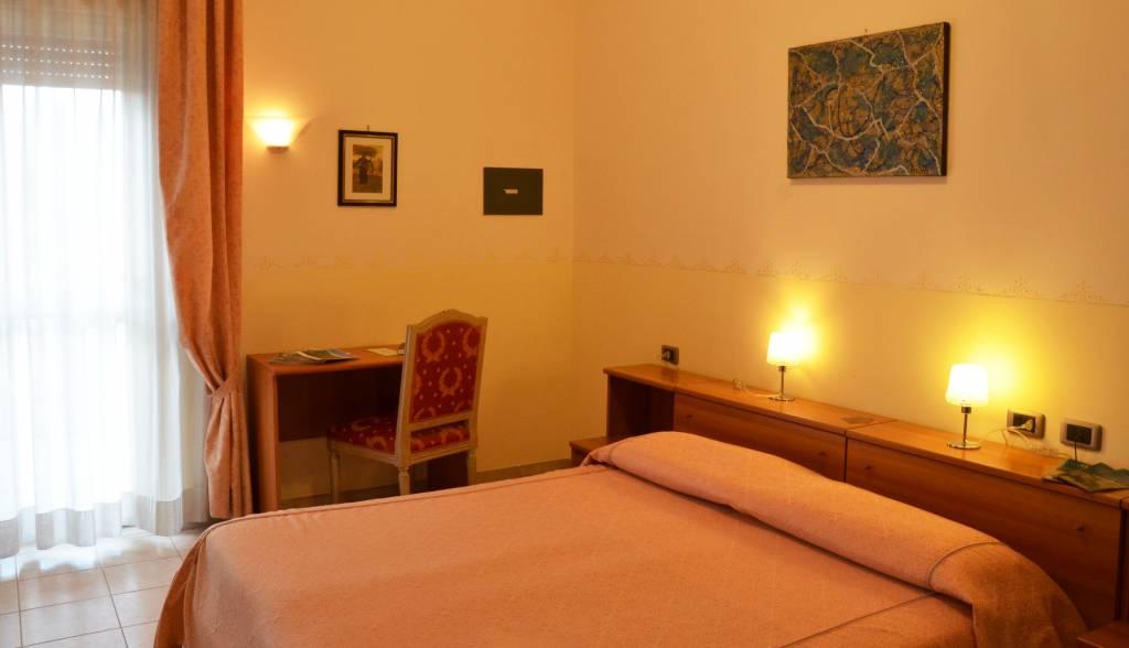 hotel-serena-rieti-camera-matrimoniale2