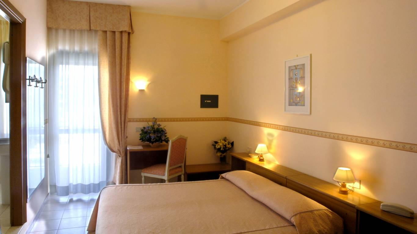 hotel-serena-rieti-camera-matrimoniale